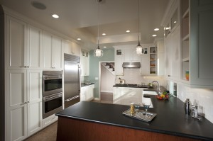 Saratoga Kitchen with Granite Countertops